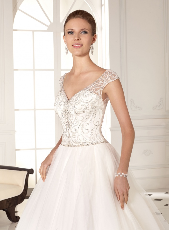 Brautkleid-827-308618-2_big