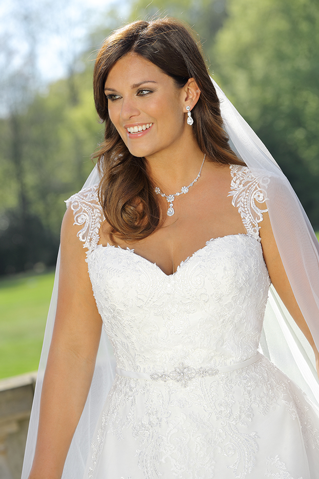 Brautkleid-LS 319021-2